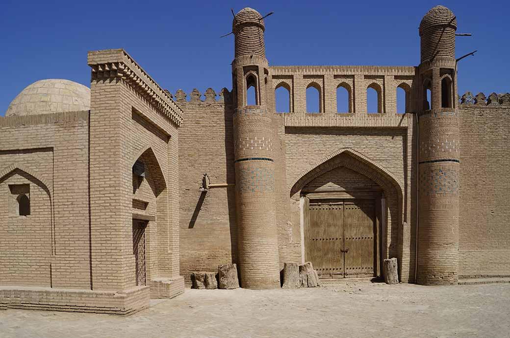 Картинки по запросу Tash Hovli Palace